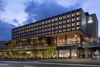 【夢なび会員優待】宿泊と往復新幹線がセットになった、ホテル エミオン 京都2泊3日の旅。